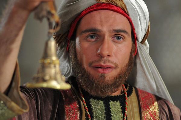 Rastakhiz (7)