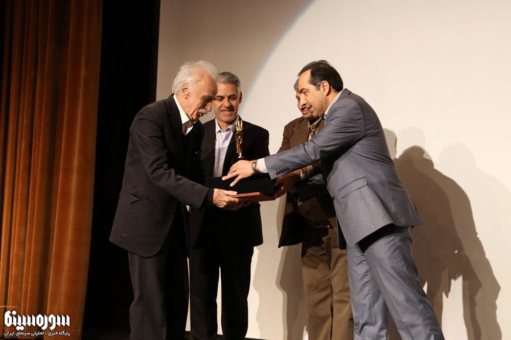 جایزه پژوهش سینمایی سال برگزیدگان خود را شناخت/ تقدیر از تهامینژاد